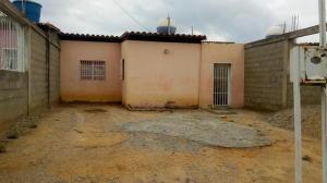 Casa En Ventaen Barquisimeto, Parroquia Tamaca, Venezuela, VE RAH: 18-5459