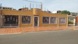 Casa En Ventaen Municipio San Francisco, La Coromoto, Venezuela, VE RAH: 18-5468