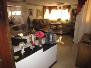Apartamento En Ventaen Maracaibo, Calle 72, Venezuela, VE RAH: 18-5508