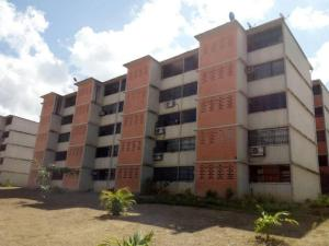 Apartamento En Ventaen Guarenas, Camino Real, Venezuela, VE RAH: 18-5599