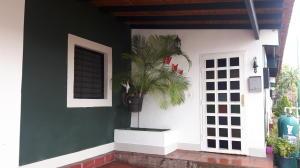 Casa En Ventaen Cabudare, Parroquia José Gregorio, Venezuela, VE RAH: 18-5504