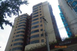 Apartamento En Ventaen Lecheria, Boulevard Playa Lido, Venezuela, VE RAH: 18-5205