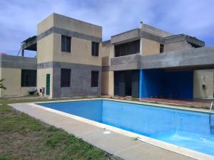 Casa En Ventaen La Guaira, Tanaguarenas, Venezuela, VE RAH: 18-5574