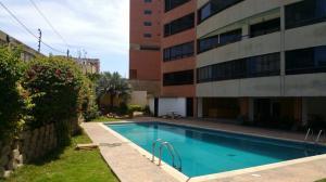 Apartamento En Ventaen Catia La Mar, Playa Grande, Venezuela, VE RAH: 18-5514