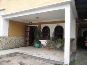 Casa En Ventaen Maracay, La Cooperativa, Venezuela, VE RAH: 18-5552