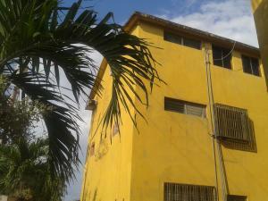 Apartamento En Ventaen Cabimas, Las 40, Venezuela, VE RAH: 18-5562
