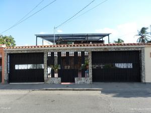 Casa En Ventaen Barquisimeto, Parroquia Juan De Villegas, Venezuela, VE RAH: 18-5610