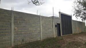 Terreno En Ventaen Cabudare, Parroquia José Gregorio, Venezuela, VE RAH: 18-5608