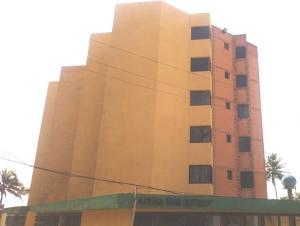 Apartamento En Ventaen Tucacas, Tucacas, Venezuela, VE RAH: 18-7106