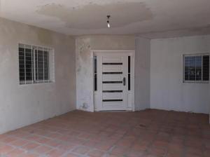Casa En Ventaen Maracaibo, La Rotaria, Venezuela, VE RAH: 18-2399
