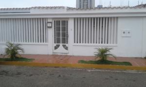 Casa En Ventaen Maracaibo, Santa Fe, Venezuela, VE RAH: 18-5674