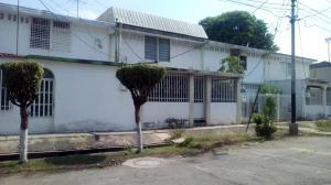 Casa En Ventaen Maracay, Las Acacias, Venezuela, VE RAH: 18-5703