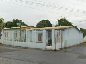 Casa En Ventaen Yaritagua, Municipio Peña, Venezuela, VE RAH: 18-5749