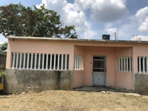 Casa En Ventaen Santa Teresa, Las Carolinas, Venezuela, VE RAH: 18-6403