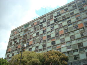 Apartamento En Ventaen Caracas, El Paraiso, Venezuela, VE RAH: 18-5777