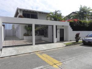Casa En Ventaen Caracas, Lomas De La Lagunita, Venezuela, VE RAH: 18-5818