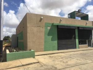 Local Comercial En Ventaen Punto Fijo, Puerta Maraven, Venezuela, VE RAH: 18-5850