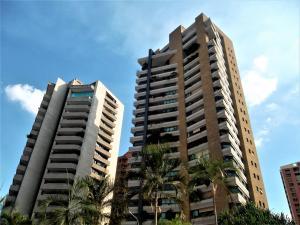 Apartamento En Ventaen Valencia, Valle Blanco, Venezuela, VE RAH: 18-6676