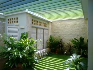 Townhouse En Ventaen Maracaibo, Cantaclaro, Venezuela, VE RAH: 18-5896
