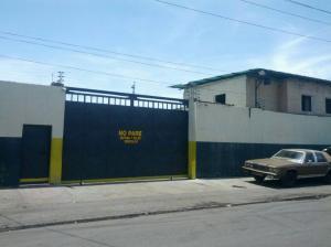 Galpon - Deposito En Ventaen Valencia, Santa Rosa, Venezuela, VE RAH: 18-5930