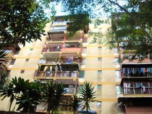 Apartamento En Ventaen Los Teques, Los Teques, Venezuela, VE RAH: 18-7175