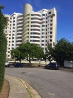 Apartamento En Ventaen Parroquia Caraballeda, La Llanada, Venezuela, VE RAH: 18-6026