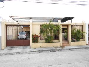 Casa En Ventaen Palo Negro, Los Lirios, Venezuela, VE RAH: 18-6052