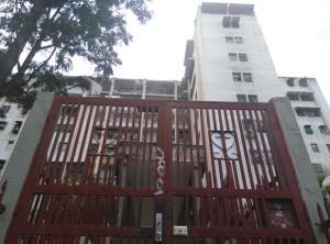 Apartamento En Ventaen Caracas, Caricuao, Venezuela, VE RAH: 18-6091