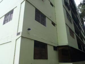 Apartamento En Ventaen Caracas, Caricuao, Venezuela, VE RAH: 18-6142