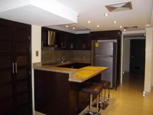 Apartamento En Alquileren Maracaibo, Valle Frio, Venezuela, VE RAH: 18-6117