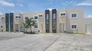 Casa En Ventaen Coro, Villa Real, Venezuela, VE RAH: 18-6147
