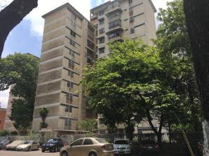 Apartamento En Ventaen Caracas, San Martin, Venezuela, VE RAH: 18-6178