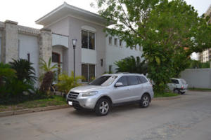 Townhouse En Ventaen Maracaibo, Virginia, Venezuela, VE RAH: 18-6226