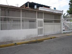 Casa En Ventaen Maracay, San Jose, Venezuela, VE RAH: 18-6246