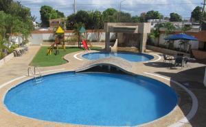Apartamento En Alquileren Maracaibo, Tierra Negra, Venezuela, VE RAH: 18-6249