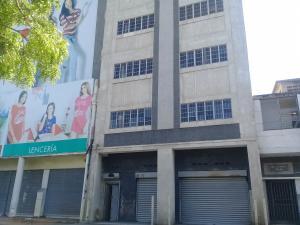 Edificio En Ventaen Maracaibo, Avenida El Milagro, Venezuela, VE RAH: 18-6258