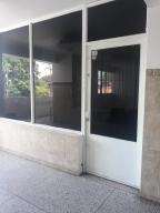 Local Comercial En Ventaen Ciudad Bolivar, Paseo Meneses, Venezuela, VE RAH: 18-6260