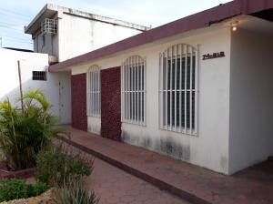 Casa En Alquileren Maracaibo, Las Lomas, Venezuela, VE RAH: 18-6357