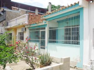 Casa En Ventaen Cagua, Prados De La Encrucijada, Venezuela, VE RAH: 18-6298