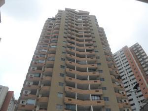 Apartamento En Ventaen Valencia, Las Chimeneas, Venezuela, VE RAH: 18-6427