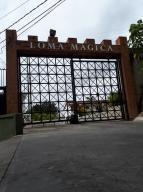 Apartamento En Ventaen Carrizal, Colinas De Carrizal, Venezuela, VE RAH: 18-6433