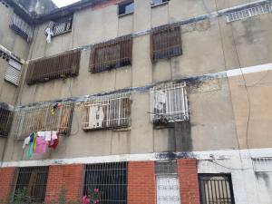 Apartamento En Ventaen Caracas, El Valle, Venezuela, VE RAH: 18-6327