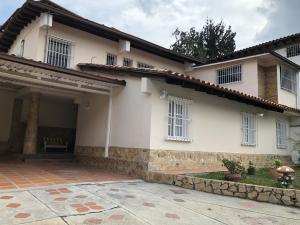 Casa En Ventaen Caracas, Santa Sofia, Venezuela, VE RAH: 18-6335