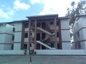 Apartamento En Ventaen Carrizal, Colinas De Carrizal, Venezuela, VE RAH: 18-6344