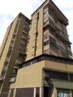 Apartamento En Ventaen Caracas, Parroquia Altagracia, Venezuela, VE RAH: 18-6368