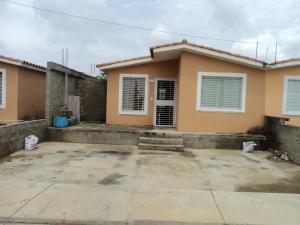 Casa En Ventaen Barquisimeto, Hacienda Yucatan, Venezuela, VE RAH: 18-6396