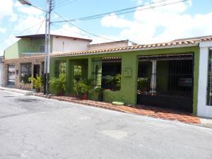 Casa En Ventaen Turmero, Villas Del Este, Venezuela, VE RAH: 18-6407