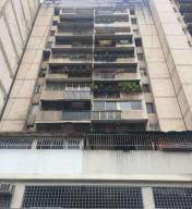 Apartamento En Ventaen Caracas, San Martin, Venezuela, VE RAH: 18-6412