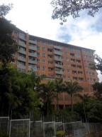 Apartamento En Ventaen Caracas, Lomas Del Sol, Venezuela, VE RAH: 18-6418
