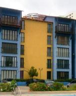Apartamento En Ventaen Parroquia Caraballeda, La Llanada, Venezuela, VE RAH: 18-6426
